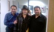 Samuel Lopez, Alejandro Lerner y Adrian Martinez en reciente visita que el cantautor argentino Alejandro Lerner realizo recientemente a las oficinas de MAMP.