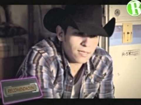 """Elias Medina Canta """"Si Tu Regresaras"""" en el Videometro"""